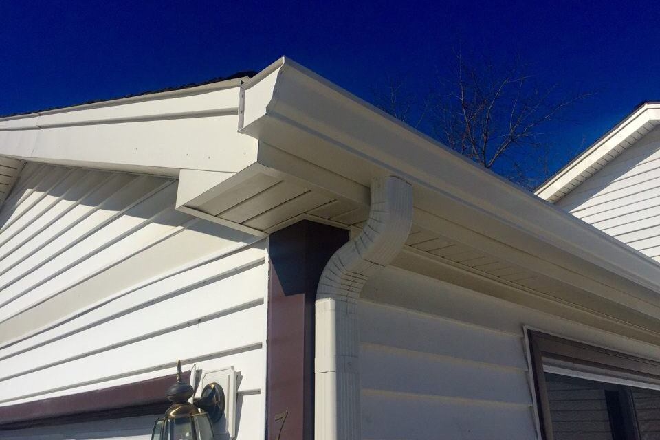 new seamless gutters and downspout